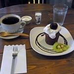 喫茶コマドリ - キャンドルマフィン