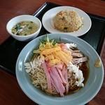 福満源 - 冷麺+半炒飯(850円)2015年7月