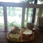 コマヤ - 豆腐サラダとハムチーズサンド、スープ付き