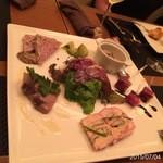 DINING 六区 - 前菜を適当に盛って頂きました。鮎のリエット美味し!