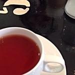 ル・バタクラン - セットの紅茶