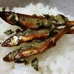 39657655 - 若鮎山椒煮をご飯に。