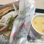 サブウェイ - ベジー&チーズ ¥340 + スープセット(コーンクリームチャウダー) ¥280
