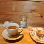 手紙カフェ・・・from the heart. - 手作りの美味しいテラミス風のデザートと有機コーヒー。