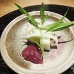 39665773 - 凌ぎ 鮎寿司 はじかみ 蓼の葉 蛇腹蓮根 無花果赤ワイン煮