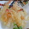 海鮮呑屋 うさぎ小屋 - 料理写真:ぷりぷりの海老を天婦羅にしました。
