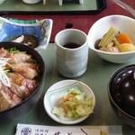 民宿&和風グリル瀬戸 - 料理写真:肉がめっちゃとろけそうでヤバイです! めっちゃ旨いです! 珠洲にツーリング来た時に寄りました✨ また行きたいです♪