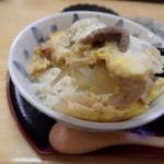 すずかけ - 2015.7 酪農丼セットの牛肉とチーズの卵とじ
