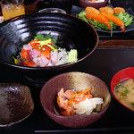 サブライム - 海鮮丼(980円)