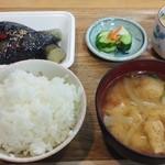 かあちゃんキッチン - 料理写真:朝食「御飯&御味噌汁&御漬物&茄子の煮びたし」360円