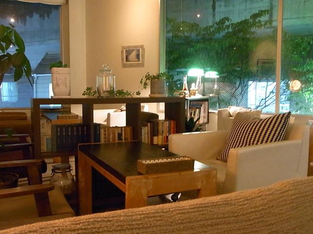Pousse cafe 高槻 - 夜の雰囲気☆♪