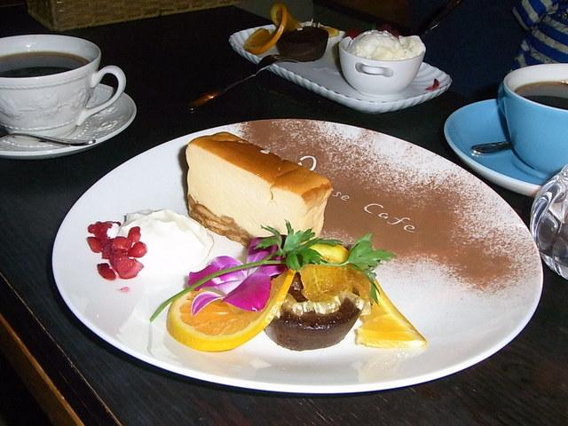 Pousse cafe 高槻 - ⇔友達のとビミョ~にロゴの形が違う☆♪