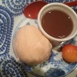 39682549 - デザート トマトアイス 水羊羹 佐藤錦