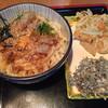 ほうばい - 料理写真:宗田節かま玉うどん、野菜のかき揚げ、ふのり天