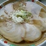 麺龍 - ハーフ&ハーフ大盛りーすごいっ透き通っているー