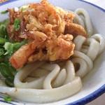讃岐製麺所 - かけ太麺小とかき揚げ 240円