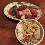 興昌 - 人気の酢豚とチャーシュー丼の小。