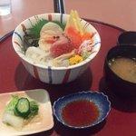 3971392 - おすすめ海鮮丼1300円