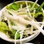 麺飯家龍門 - 定食@サラダ