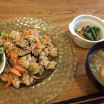 キトハルト - 鮭とナスとズッキーニの混ぜ御飯ランチ