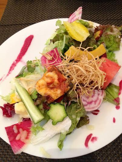 クーリ - 15種類の野菜と本日のおまかせ前菜