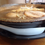 麺屋 遊助 - 浅めの丼