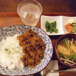 CAFE JI:TA - ジータカレーのランチセット¥900