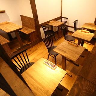 15名前後の貸切にぴったり♪2Fテーブル席♪