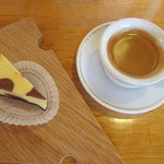 Farm Designs - エスプレッソ&チーズケーキ