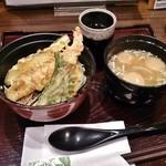 喜久水庵 - ミニ天丼+味噌汁 572円