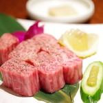 彩伽亭 - 極厚リブステーキ
