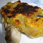 味処樹豊園 - 料理写真:豚足。ボリュームがあり、塩味仕立て、良く焼いてあり皮はパリパリ、中はジューシー。