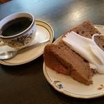 cafe' 喜庵 - ケーキセット(600円)です。