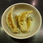 龍記 - 餃子2個