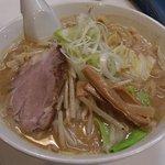 なにわ男麺 大五郎 - 味噌ら~めん(2010年5月)