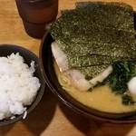 濃力家 - 味玉ラーメン 750円 半ライスサービス