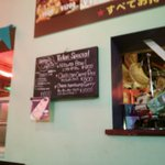 ブギーカフェ - 店の壁に貼られたメニュー