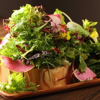 お肉だけじゃない!お野菜にもこだわるんです。
