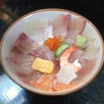 海鮮いづつ - 海鮮いづつ(大分県別府市楠町)海鮮丼(単品)800円