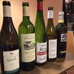 WINE SHOP Sora - 通常のレストランの半額ぐらいで美味しいワインのめる!