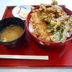 39787889 - 岩魚と山菜の天丼