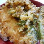 39787910 - 岩魚と山菜の天丼
