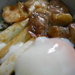 松川荘 - 料理写真:ほろほろ鶏丼