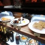 ヒキダシ - ケーキのショーケース