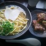 Hanakina - あぶりとろソーキそば 690円