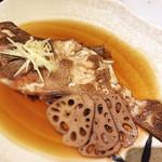 歓中店 - 関東の濃い煮付けと違いますが 上品で美味しい煮魚。