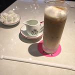 カフェ ラ・ポーズ -