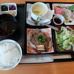 京ぜん - 料理写真:牛ロース弁当