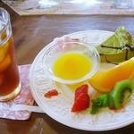 喫茶 フォレスト - ケーキセット抹茶チーズケーキ +450円 (^^