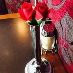 39816199 - 薔薇は生花。綺麗